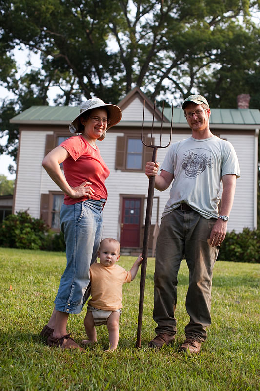 A 21st century American Gothic: Esther Mandelbaum Elliott '01 and Pablo Elliott '00 (shown with son Aryeh) turned an overgrown family farm in Gainesville, Virginia, into a thriving 70-member CSA farm.