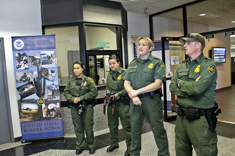 Tour and discussion at the Border Patrol Station in Nogales