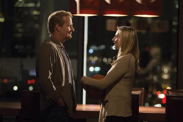 Hope Davis with her Newsroom co-star Jeff Daniels.
